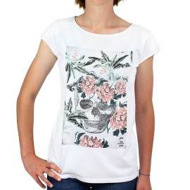 STERED Women's White Skull Tee Shirt